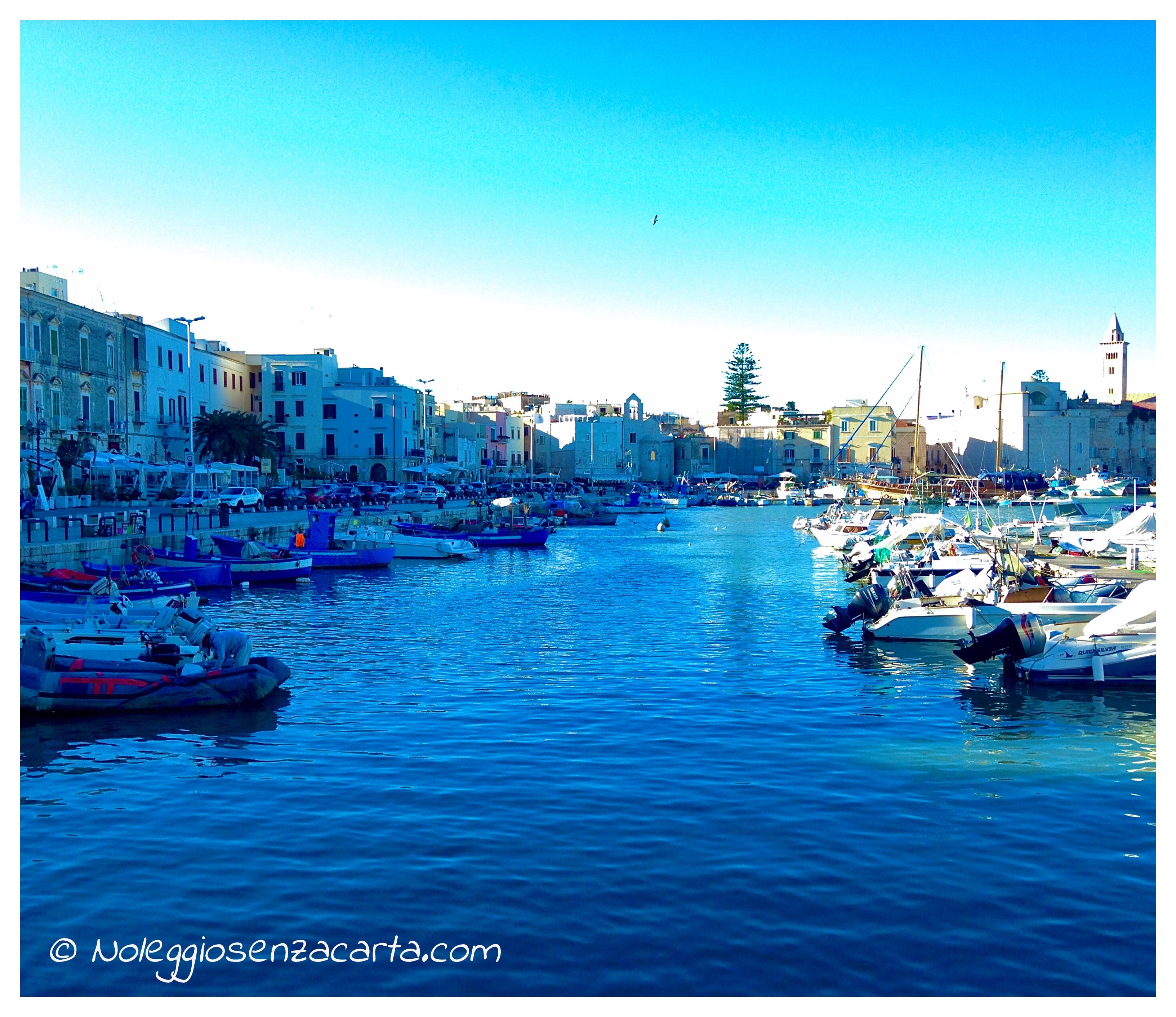 Noleggiare auto senza carta di credito a Bari