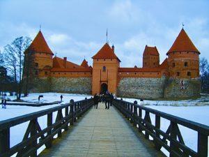 Noleggio auto lituania senza carta di credito