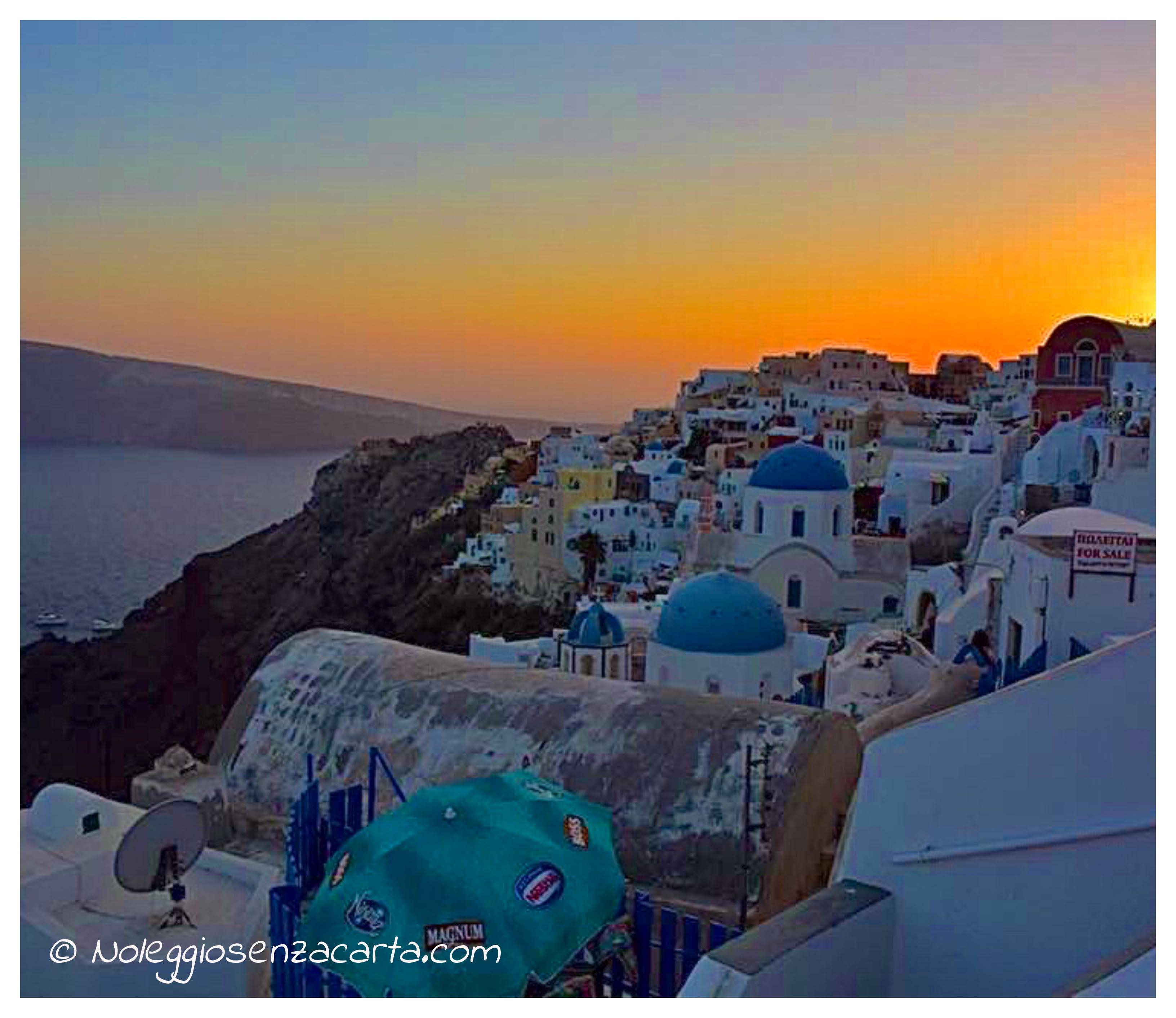 Noleggiare auto senza carta di credito in Grecia – Santorini