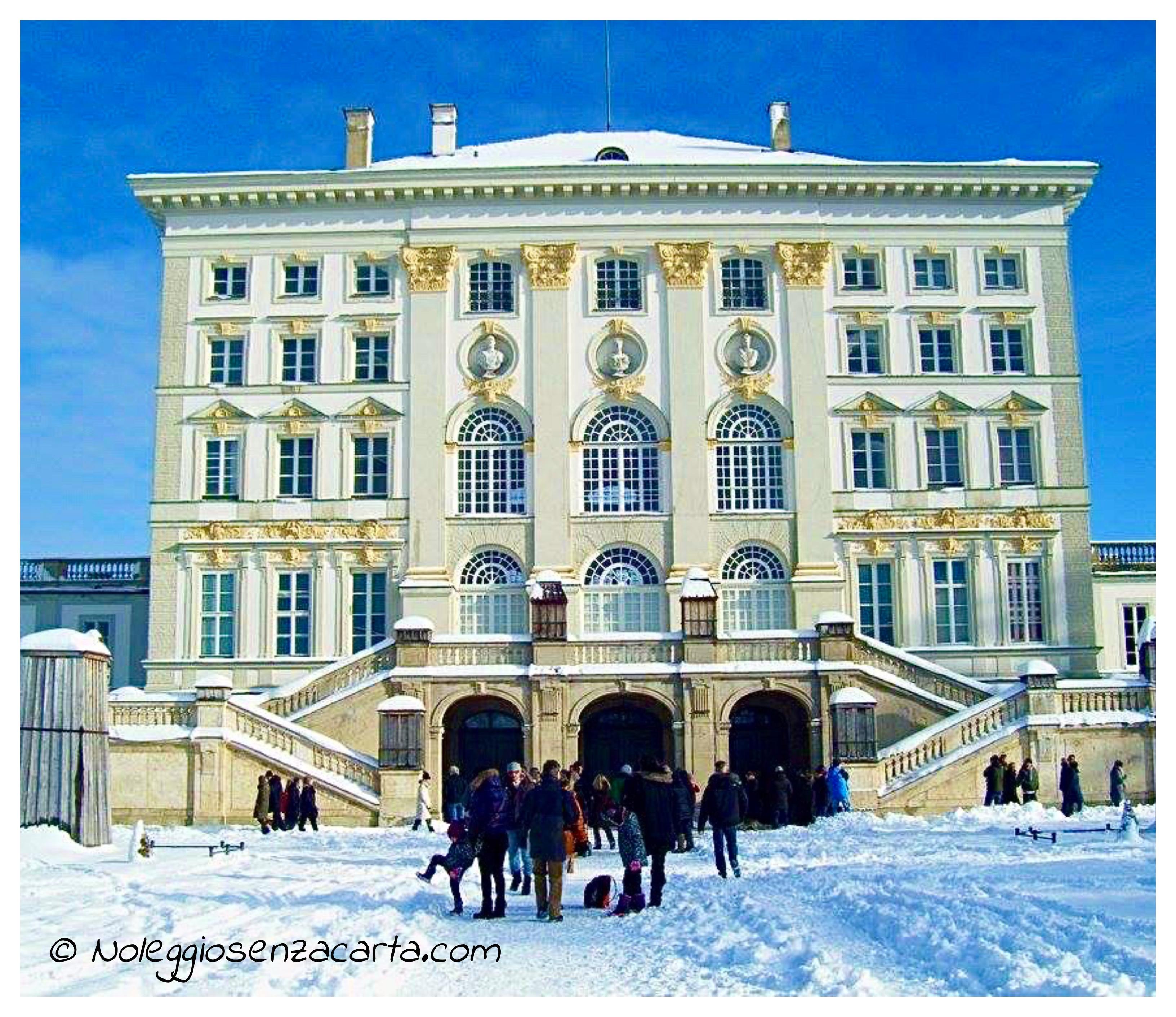 Noleggiare auto senza carta di credito a Monaco di Baviera