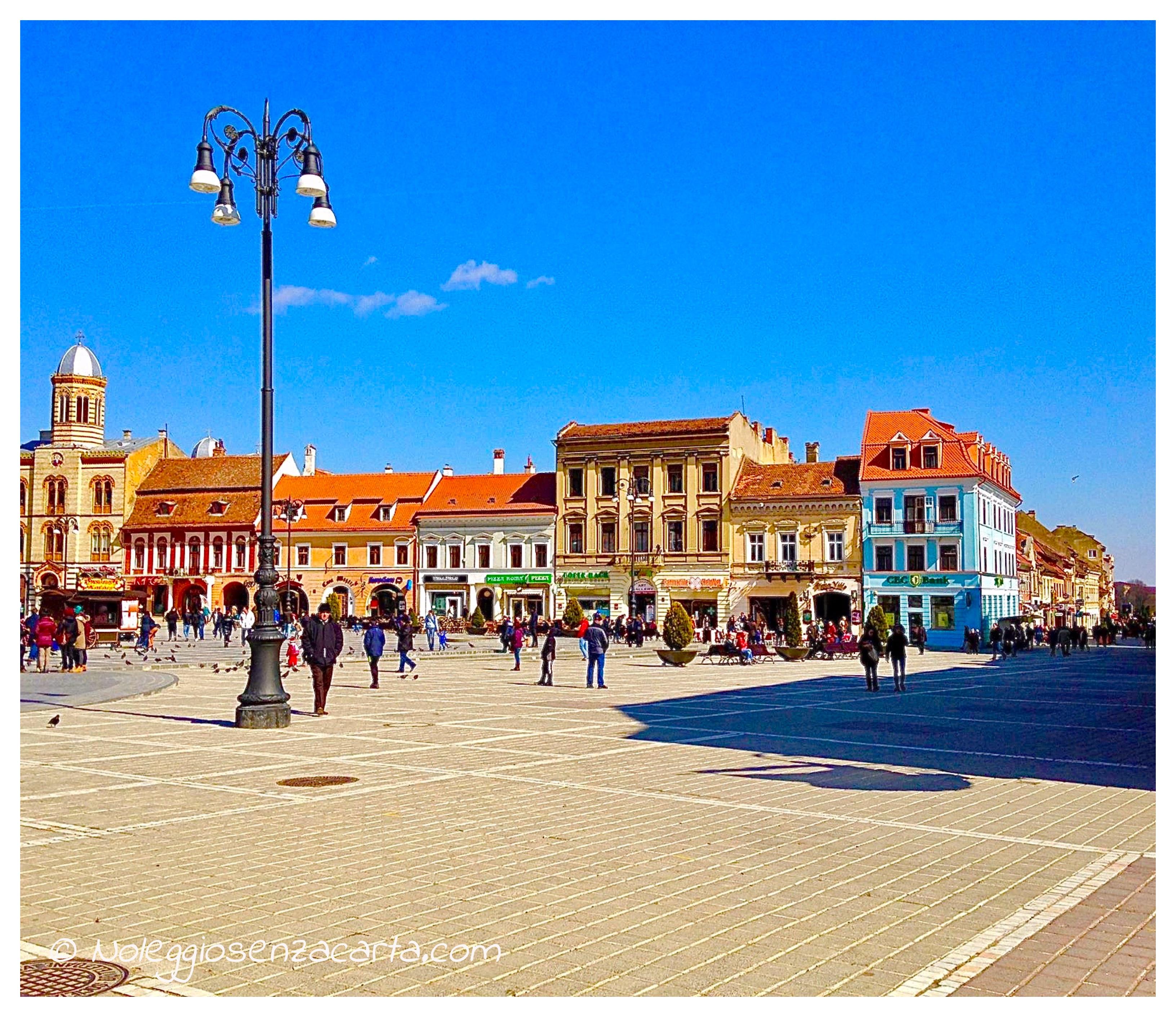 Noleggiare auto senza carta di credito in Romania